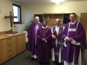 (v.l.n.r.) P. Ludger Widmaier, Kooperator Xavier Manickathan, Pastor Stephan Wolff, Diakon Florian Dienhart